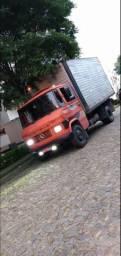 Caminhão Mercedez Benz 608