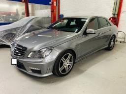 Mercedes-Benz E63 2010 com 33 mil KM