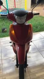 Honda Biz 100 2013 vermelha, doc 2021 na mão,  pronta para transferir.