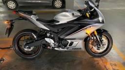 Yamaha R3 21/21 Prata