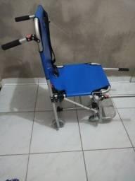Cadeira de roda estilo socorrista