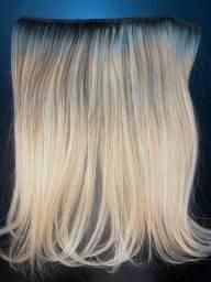 Mega hair na tela, pronto pra uso!