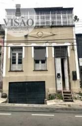 OPORTUNIDADE! ALUGO CASARÃO COM PISCINA NO CENTRO VALOR R$ 3.000,00.