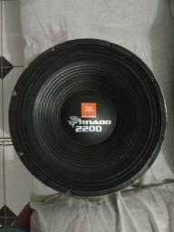 TORNADO 2200