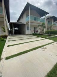 Vendo casa duplex em condomínio em Caruaru.