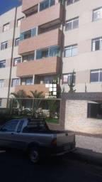 Apartamento com 03 quartos em Contagem