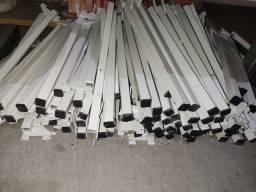 barra de trilho pra encaixe de estantes de vidro ou madeira