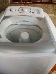 Lava roupas Electrolux 15kg faz TD