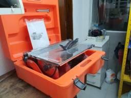 R$500,00-Clipper Máquina para cortar Azulejo e Porcelanato TT20 em 220v.