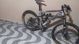 Bike Full aro 26 ninete six merida carbono