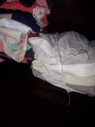 Doação de roupas femininas
