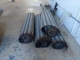 4 Portas de Aço usadas completas