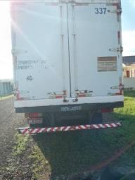 Caminhão Baú Refrigerado