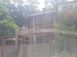 Casa em estilo rústico em Maria Paula com 3 Quartos