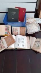 Coleção de selos. Cerca de 3 mil peças.