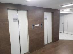 Funcionarios : Conjunto de salas com 6 vagas