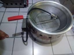 Troco fritadeira 7 litros a gás por uma elétrica