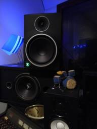 "Monitor Ativo Bi-Amplificado De 8"" MR-8 MK3 - Mackie sem uso"