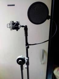 Tripé (microfones, stand, etc...)