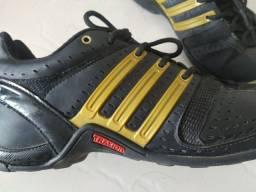 Tênis Adidas Mali original 39