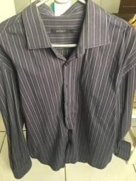 Vendo duas camisas sociais