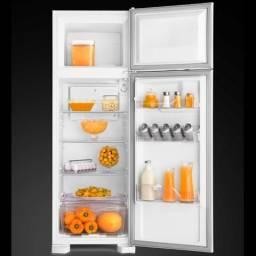 Geladeira / Refrigerador Electrolux Duplex, 260L, Branca - DC35A - 220V