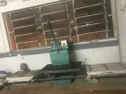 Máquina de prensar