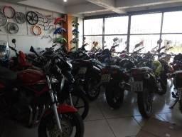 Vendo motos, qualquer coisa entrar em contato para saber sobre oque tem em estoque!