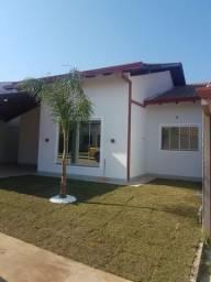 Cond Fechado, casa nova, fino acabamento e piscina