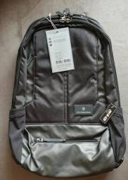 25e4348bb Mochila Victorinox Notebook Backpack Altmont 3.0 Collection