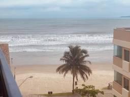 Apartamento 03 Quartos _ Vista para o mar_ Meia praia