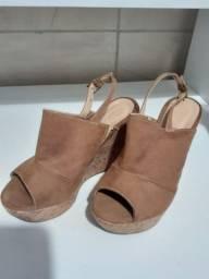 Sandálias Botero semi_nova