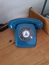 Telefone analógico retrô vintage restaurado e funcionando