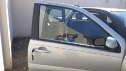 Fiat strada freedom cabine dupla 3 portas 1.4 flex 2019/2020 r$ 10 mil