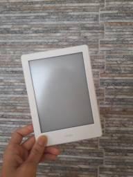 Kindle com tela sensível ao toque e Wi-Fi 8ª Geração e Bateria de Longa Duração