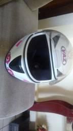 Vendo capacete da marca vaz