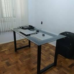 Mesa home office estilo industrial