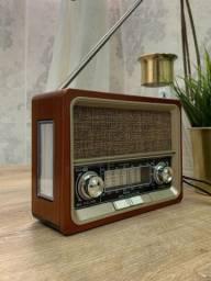 Rádio Retrô Completo AM FM Recarregável Energia