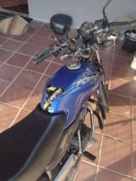 Moto CG 125 ES