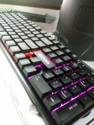 Teclado Gamer com led