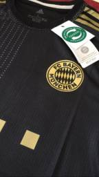 Título do anúncio: Camisa Bayern de Munique preta(version player)