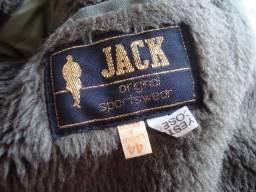 Jaqueta com capuz marca: Jack, zíper, botões de pressão, acolchoada