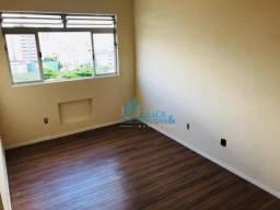 Apartamento com 2 dormitórios à venda, 60 m² por R$ 330.000,00 - Ponta da Praia - Santos/S