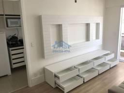 Apartamento com 1 dormitório para alugar, 50 m² por R$ 2.450/mês - Alphaville Industrial -