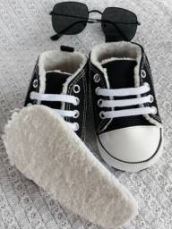 Sapato antiderrapante infantil