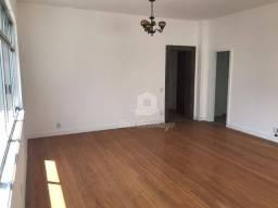 Magnífico apartamento na Praia de Icaraí com 3 dormitórios à venda, 130 m² por R$ 999.000
