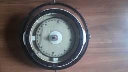 Bussola magnetica para navegação profissional