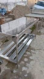Mesa inox fabricada sobre medida