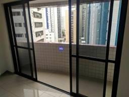 AG-   Belo apartamento 03 quartos com piso em porcelanato e duas vagas !