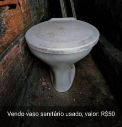 Troco um vaso sanitário por uma cesta básica